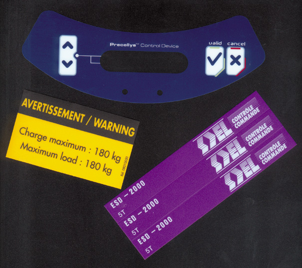 labels en polycarbonate et polyester